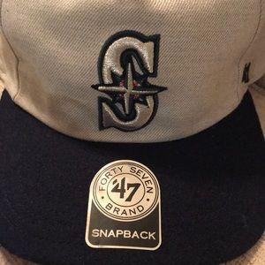 Seattle Mariners Baseball Cap 47 Cleanup NWT Grey